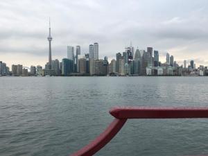 Nach kurzer Fahrt am Zentrum von Toronto vorbei…